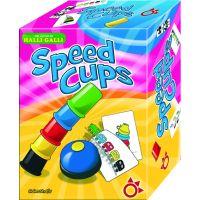 Speed Cups es un juego de mesa muy divertido en el que colocar los cubiletes como indica la carta intentando tocar el timbre en primera posición.